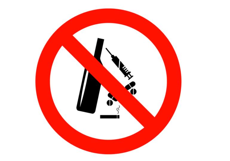 Droghe e alcol nemici della tua bocca