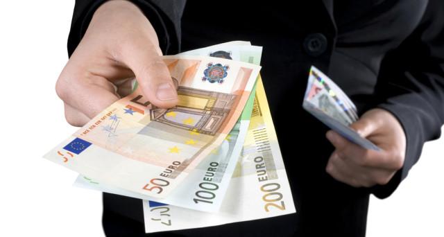 Dal 1°luglio il limite pagamenti in contanti scende a 2.000 euro