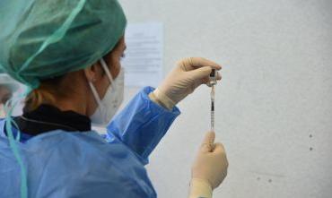 Nelle province di Cagliari e Nuoro vaccinazioni avanti adagio