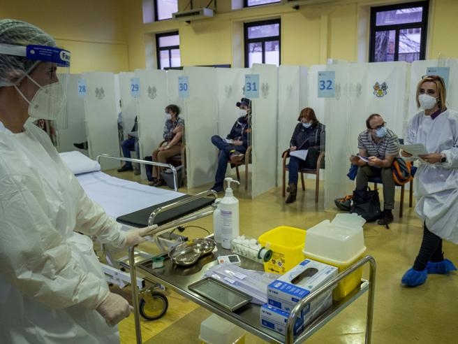 Lombardia verso il completamente delle vaccinazioni agli Odontoiatri e al personale di studio