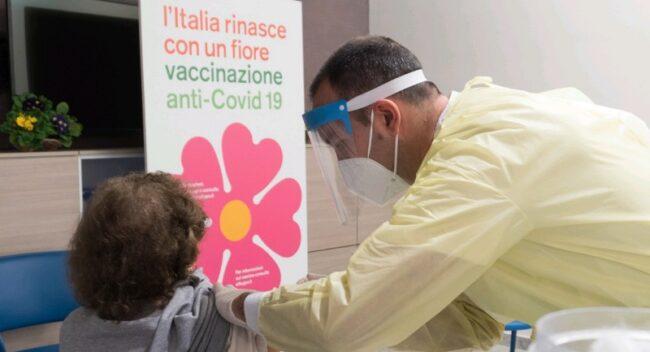Procedono con qualche affanno le vaccinazioni in Sicilia